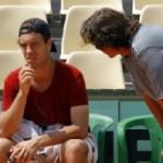 L'approche psychanalytique: un atout pour comprendre l'aspect affectif de la relation entraîneur-joueur de tennis?